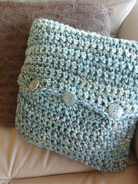Easy Crochet Pillow Patterns by Top 10 Free Patterns For Gorgeous Crocheted Pillows