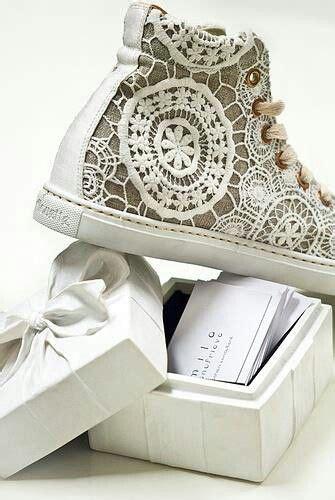 Hochzeit Chucks by Hochzeit Boho And Vans Schuhe On