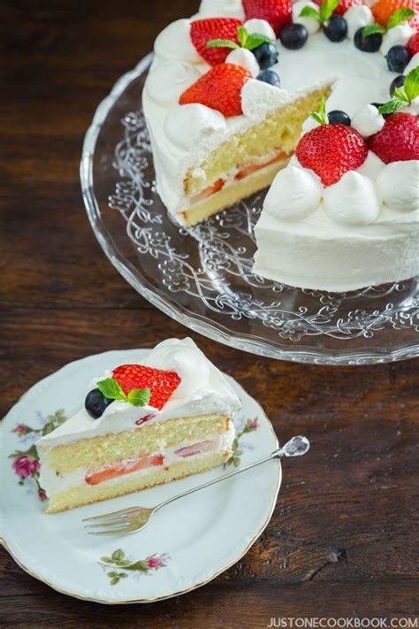 printable japanese recipes japanese strawberry shortcake 苺のショートケーキ just one cookbook