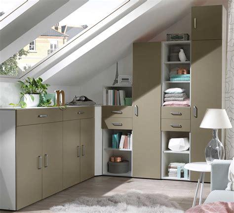 dachschräge nutzen skandinavisches wohnzimmer beige grau
