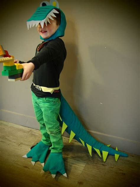 How To Make A Crocodile Mask Out Of Paper - best 25 crocodile costume ideas on alligator