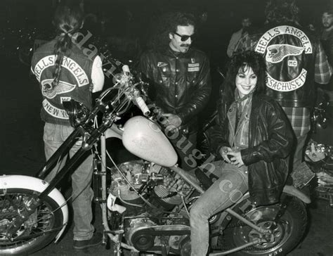 tv book club top of the rock chapters 10 12 this was 10 best images about girls with motorcycles on pinterest