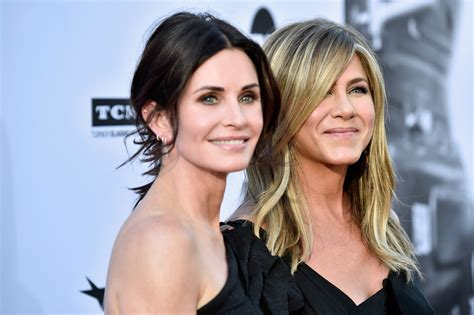 That Aniston Courteney Cox Isnt Really by Courteney Cox And Aniston At The American