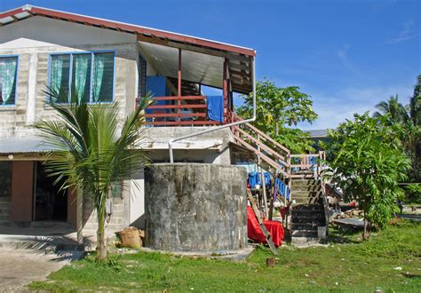homes in tuvalu travel photos by galen r frysinger
