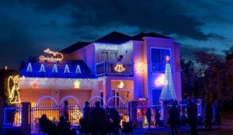 the best christmas light displays in every capital city