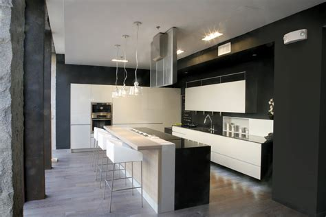Modern European Kitchen Design Valcucine Kitchens 60 Valcucine Kitchen Display Pinterest Kitchen Display
