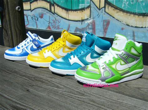 how to spray paint sneakers nike womens spray paint pack court high vandal