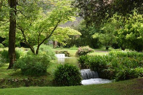 giardino di ninfa foto giardino di ninfa foto di giardino di ninfa monumento