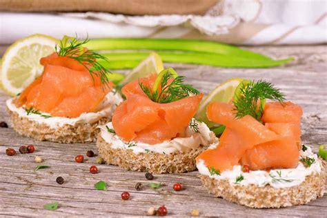 alimenti con vitamina d alimenti contengono vitamina d ecco i migliori