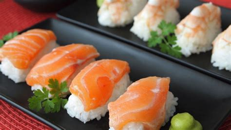 nigiri sushi with prawns and salmon recipe que rica vida