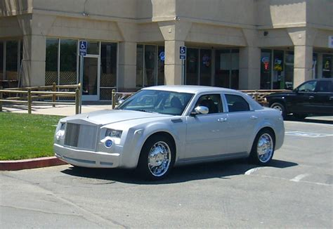 chrysler rolls royce rolls royce phantom replica on chrysler 300