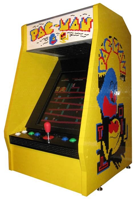 80s Arcade Game   made entirely of LEGO