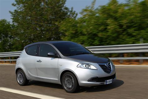 Nuova Lancia Ypsilon Nuova Lancia Ypsilon Scheda Tecnica Italiantestdriver
