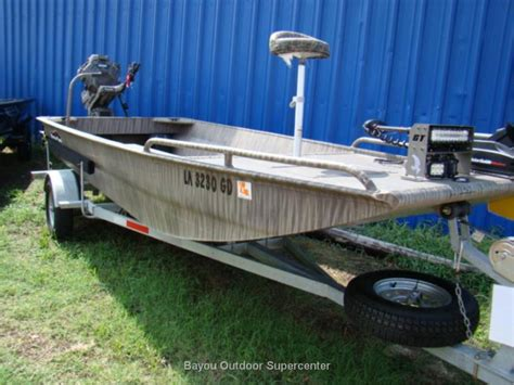 gator tail boat hull gator tail 1754 extreme boats for sale