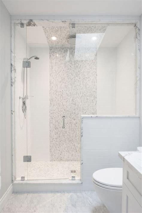 bathroom tile vertical stripe best 25 vertical shower tile ideas on pinterest