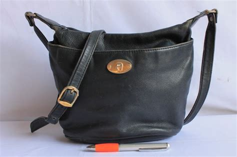 Tas Export Zalora wishopp 0811 701 5363 distributor tas branded second tas import murah tas branded tas charles