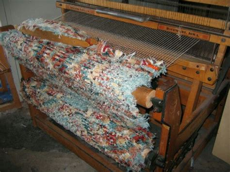 rag rug weaving on a loom my newcomb weavers delight loom with a pendleton selvedge rug in progress weaving