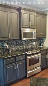 Can You Paint Kitchen Cabinets With Chalk Paint by 25 Best Ideas About Chalk Paint Cabinets On