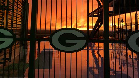 packers desktop wallpapers green bay packers packerscom
