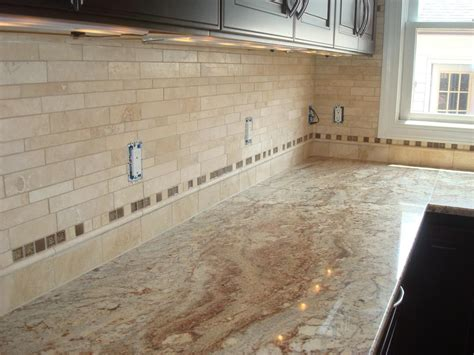 travertine tile kitchen backsplash travertine tile backsplash great home decor pretty
