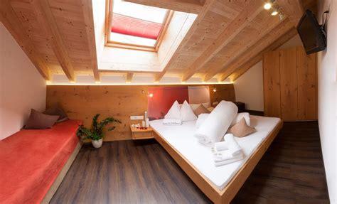massivholzmöbel düsseldorf wohnzimmer in gr 252 n wei 223
