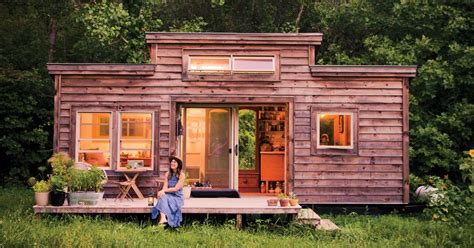 building small house tiny house tiny footprint recycled materials boost the appeal mnn nature network