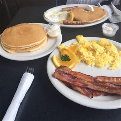 stacks pancake house 717 photos 576 reviews