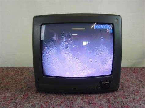 Tv 14 Inchi 14 inch sanyo tv revolver av