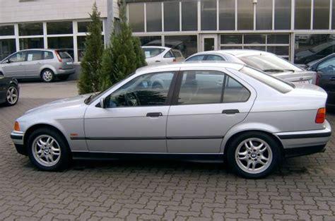 Bmw 2er Rückleuchten by E36 320i Limo Automatik 3er Bmw E36 Quot Limousine