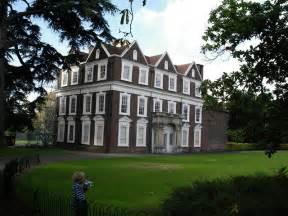 boston manor boston manor house brentford 169 peter jordan cc by sa 2 0