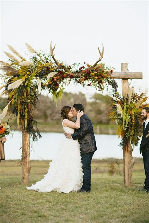 Rustic Wedding Arch Uk by 25 Best Ideas About Deer Antler Wedding On