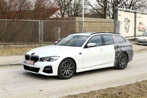 bmw  series touring spied winter testing