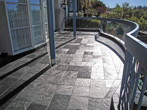 piastrelle per balconi tipologie di mattonelle per esterno le mattonelle
