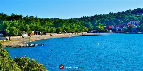 plaza lovisca jezera murter plaze na putovnicanet