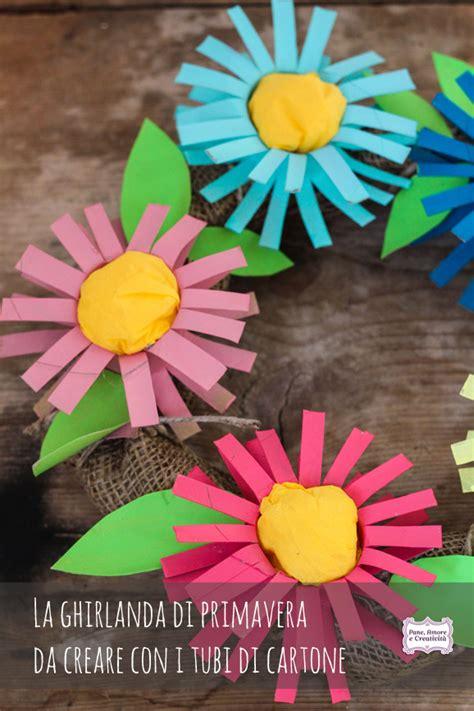 fiori con il cartoncino lavoretti con il riciclo la ghirlanda di primavera con i