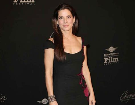 pink heart shaped pubic hair sandra bullock in pain after cutting and dying her pubic