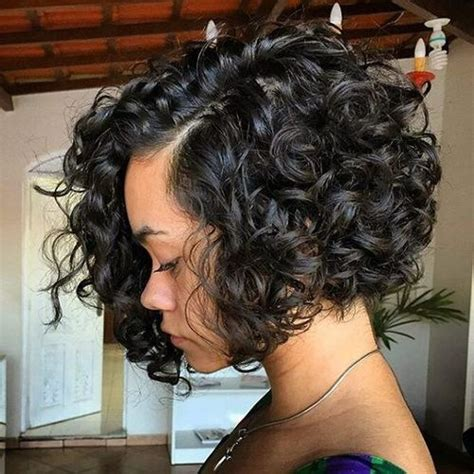 different ways to style chin length hair 40 different versions of curly bob hairstyle