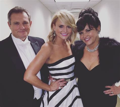 miranda lambert used to help her parents with p i work sounds like nashville