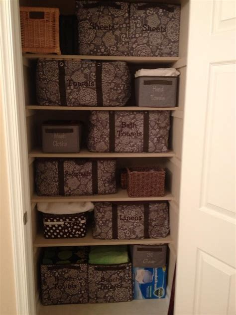 Organizing Towels In Closet by 17 Best Images About Linen Closet Organization On