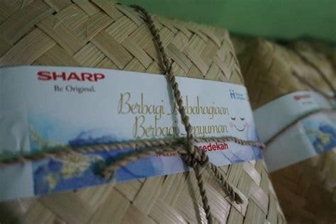 sharp donasikan box  happiness  panti asuhan   kota
