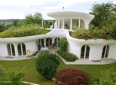 ecological friendly and unconventional earth homes by