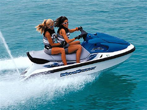 water scooter chicago water skiing and jet skiing discover philippines