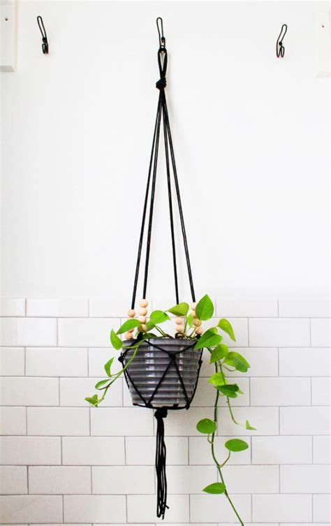 Hanging Macrame Planter - modern macrame hanging planter home decorating trends