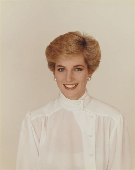 diana princess of wales up do hairstyles over the years npg p716 5 diana princess of wales large image