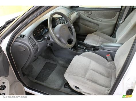 2002 oldsmobile alero gl sedan interior photo 54175894