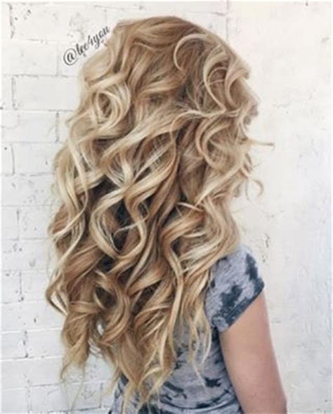 cute ways to curl hair with a wand 1000 ideas about curling wand styles on pinterest best