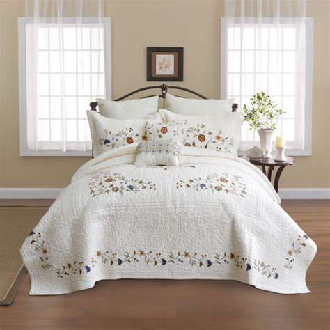 quilts coverlets nostalgia home alice bedspread coverlets quilts