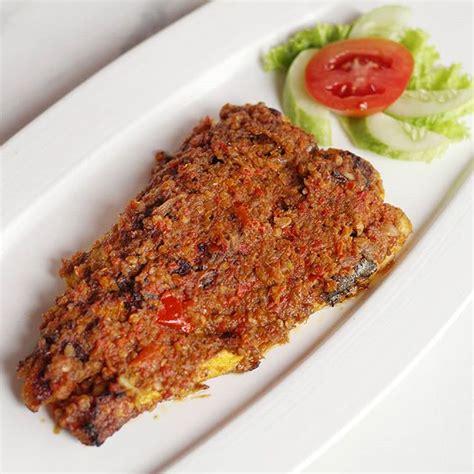 restaurant sarang oci masakan khas manado lezat
