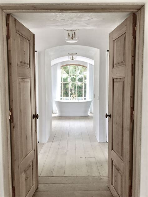 white wood floor bedroom best 25 french oak ideas on pinterest