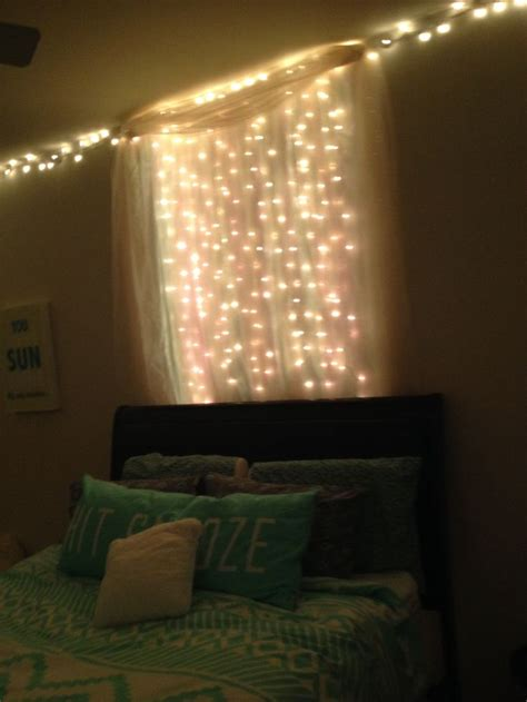 dorm christmas lights ideas  pinterest